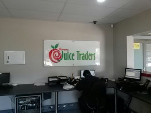 Juice Traders Signage July2017 (10)